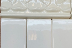 Acanthus Cracked Ivory with 3x6 Cracked Ice